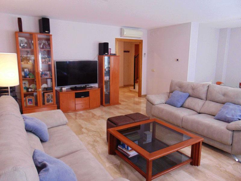edificio-con-varias-estancias-a-la-venta-en-puerto-de-sagunto-valencia